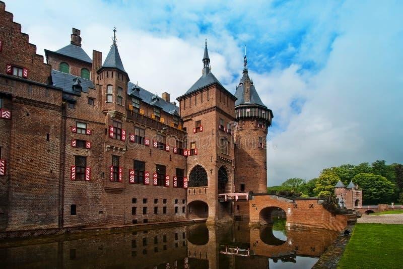 Castle De Haar en los Países Bajos en el verano cerca de la ciudad de Utrecht fotografía de archivo libre de regalías