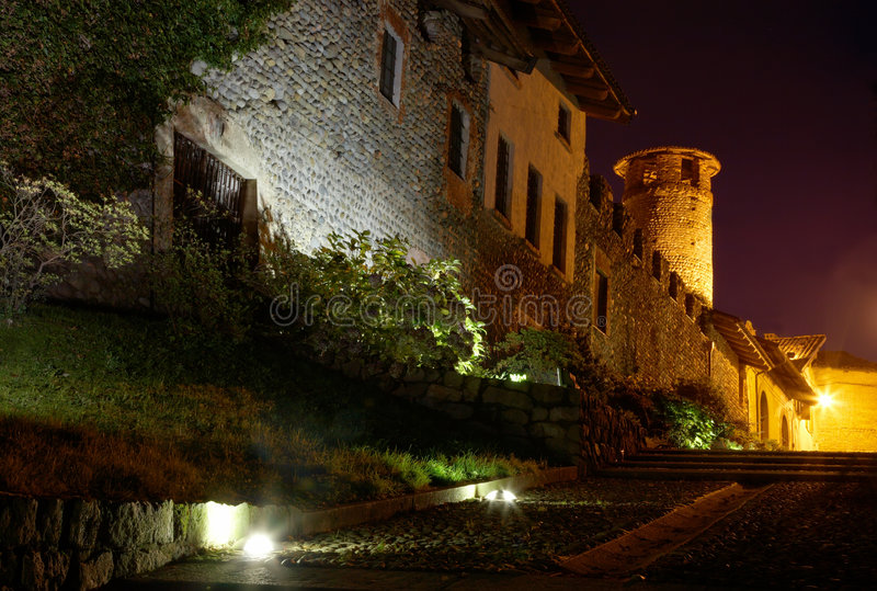 Download Castle Night Royalty Free Stock Image - Image: 7132746