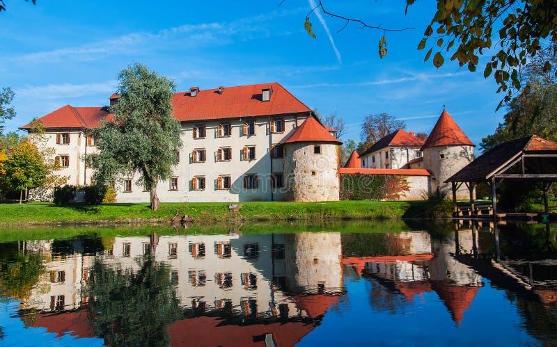 Castle Otocec, Σλοβενία στοκ εικόνα με δικαίωμα ελεύθερης χρήσης