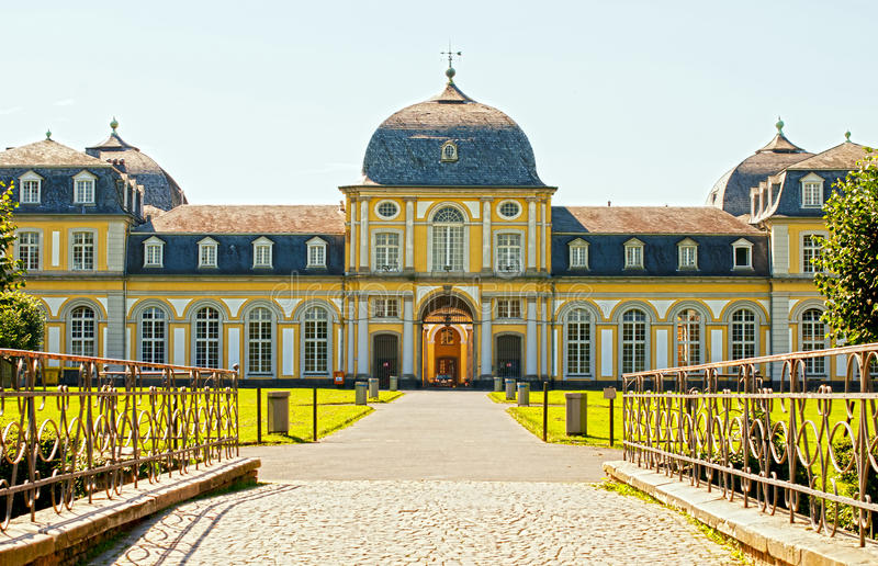 Download Castle Poppelsdorf Royalty Free Stock Image - Image: 21131636