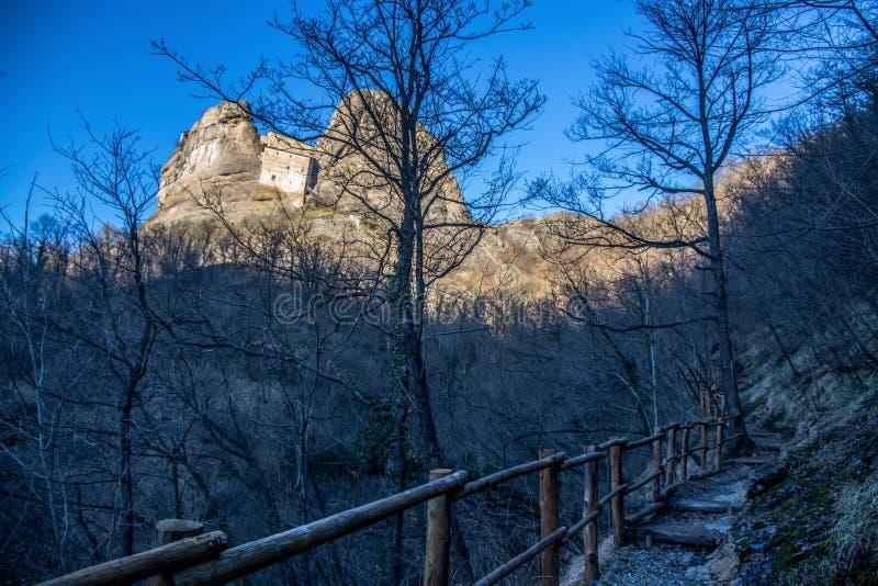 Castle Rock, della Pietra, Vobbia, Genova, Liguria, Italia di Castello immagine stock