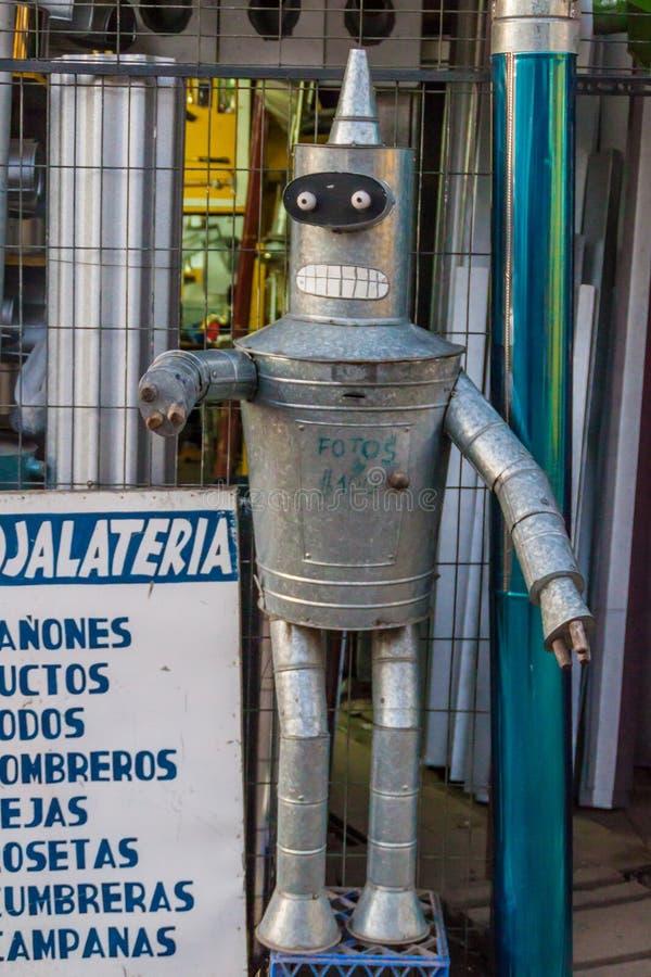 CASTRO, CHILI - BRENG 21 IN DE WAR: Buigmachine van Futurama-reeks van pijpen in Castro, Chiloe-eiland, Chi wordt gemaakt die royalty-vrije stock fotografie