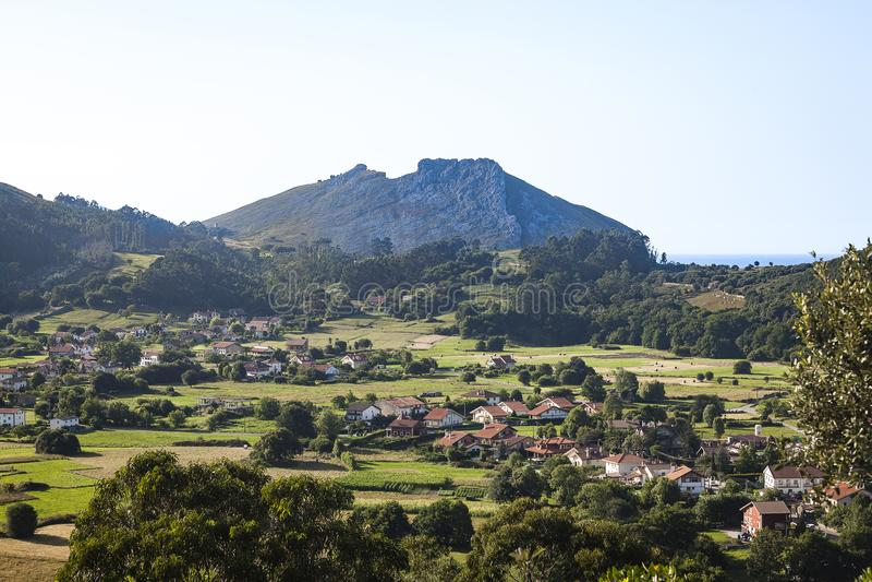 Castro Urdiales Area Landscapes royaltyfri bild
