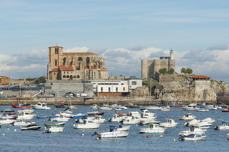 Castro Urdiales, Kantabrien, Spanien 16. Oktober 2015 stockbilder