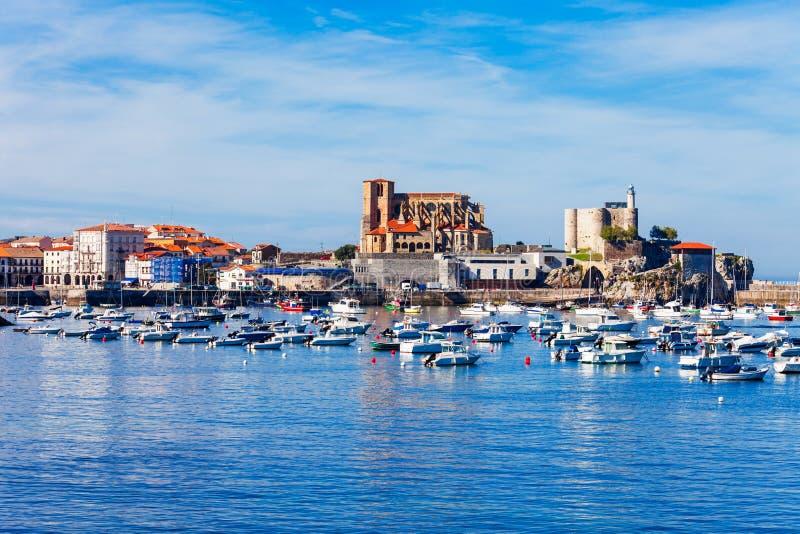 Castro Urdiales miasto w Hiszpania fotografia royalty free