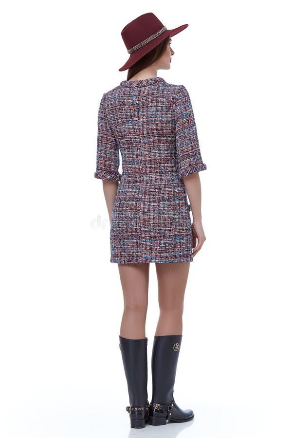 Casu elegante del vestido de la ropa de la tendencia del diseño del desgaste del modelo de la mujer de la belleza fotos de archivo libres de regalías