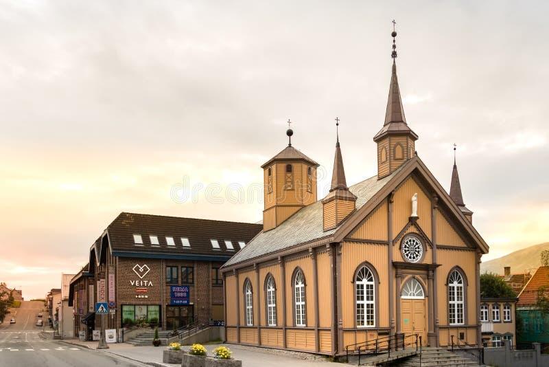 Católico nossa casa da senhora Church And Bishops em Tromso, Noruega imagem de stock