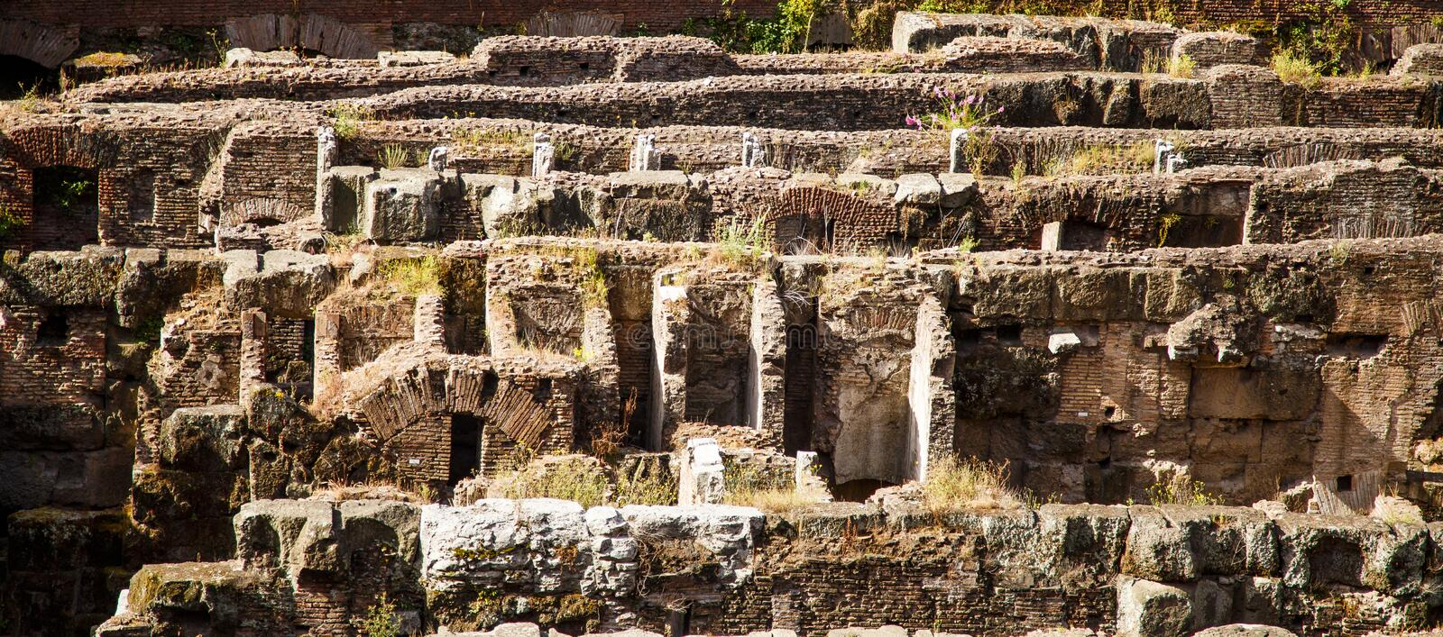Catacombes sous le forum image stock