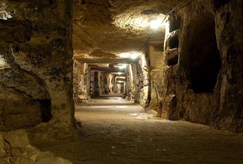 Download Catacombs del san Giovanni immagine stock. Immagine di vista - 19748281