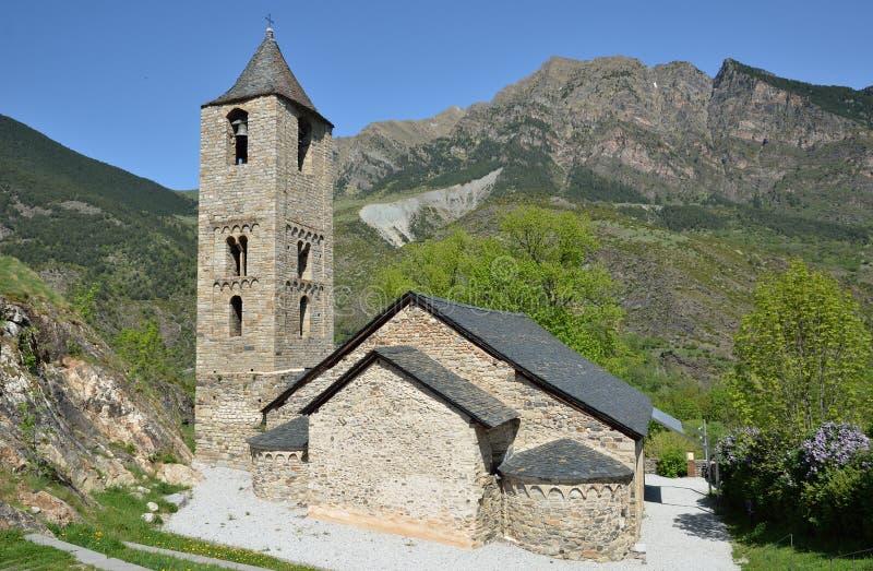 Catalaanse Romaanse kerk in vall DE Boi stock fotografie