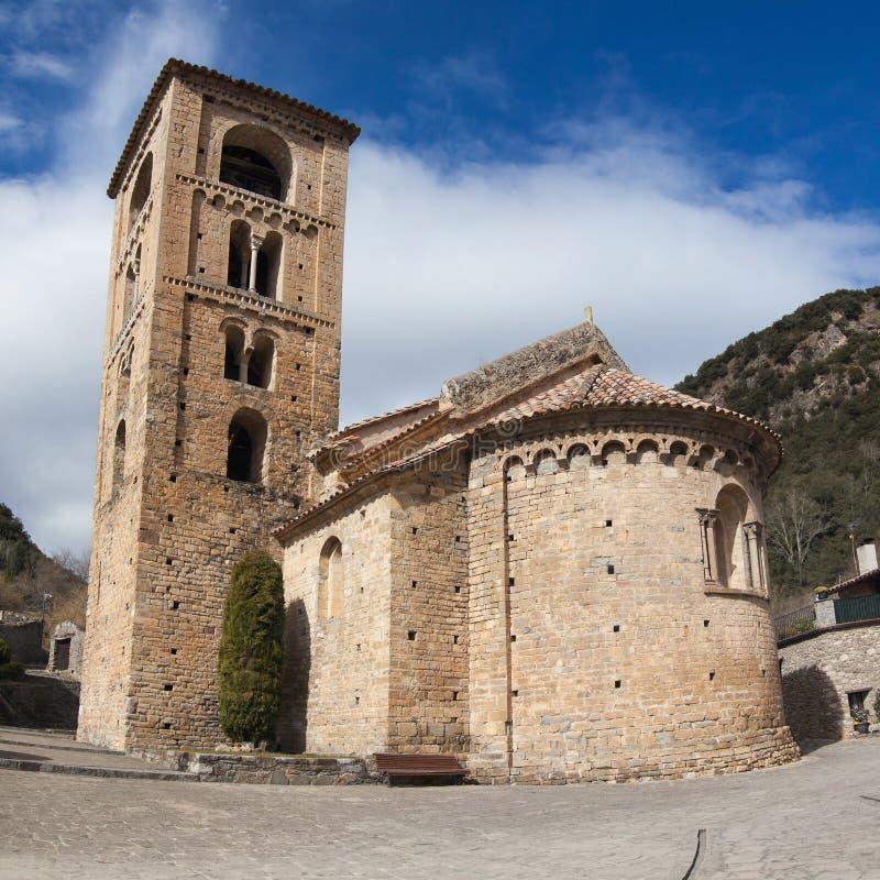 Catalaanse romanesque kerk stock foto