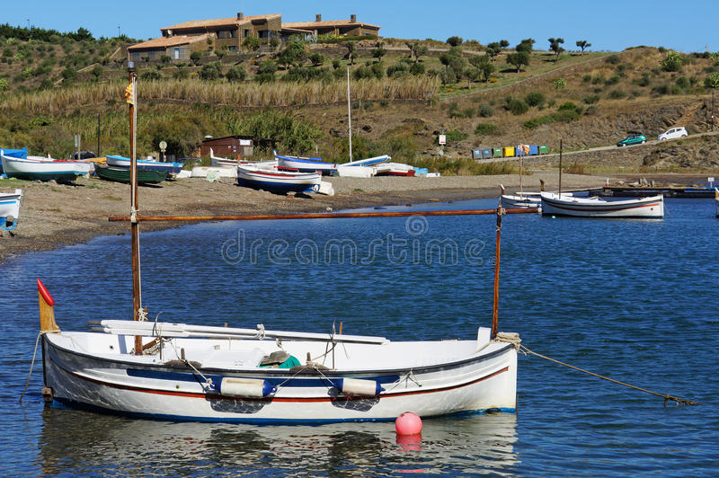 Download Catalan Boat Near A Beach Royalty Free Stock Image - Image: 28474196