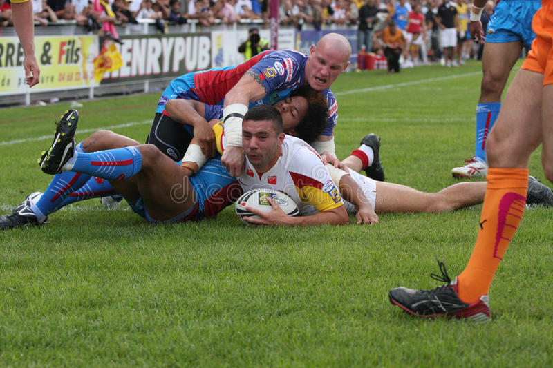 Download Catalans Dragons Vs Wakefield Wildcats Editorial Stock Image - Image: 10811109