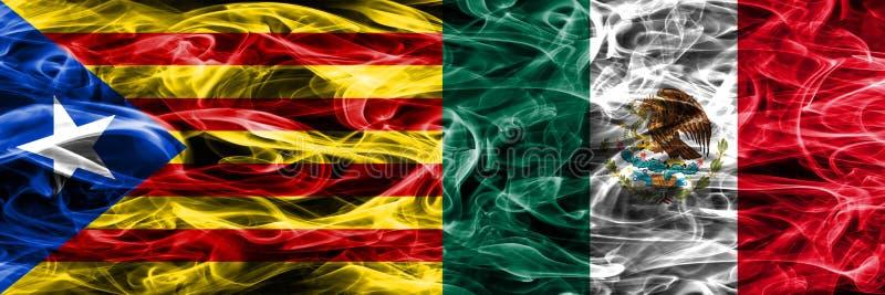 Catalonia vs Mexico kopieringsrök sjunker den förlade sidan - förbi - sidan Tjockt färgade silkeslena rökflaggor av Catalan och M stock illustrationer