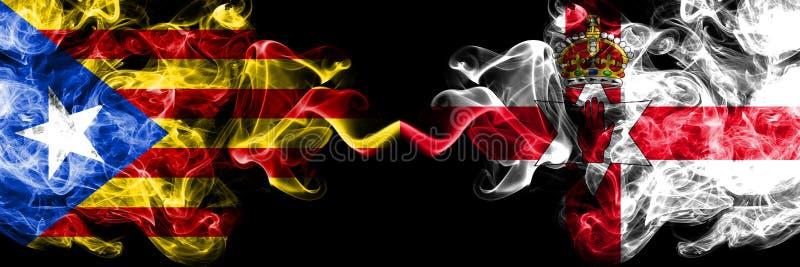Catalonia vs nordligt - Irland rökflaggor förlade sidan - vid - sidan Tjock kulöra silkeslena rökflaggor av Catalonia och nordlig stock illustrationer