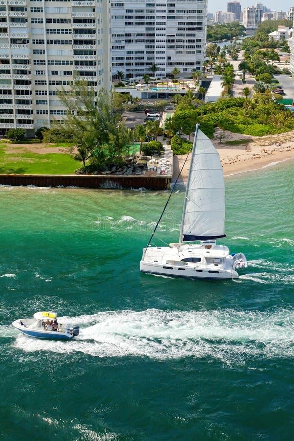 Catamaran à Fort Lauderdale, la Floride photographie stock libre de droits
