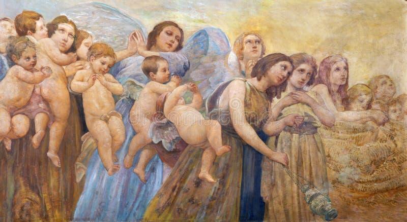 CATANIA, ITÁLIA - 8 DE ABRIL DE 2018: O fresco dos anjos com o incenso no dell 'Immacolata Concezione ai Minoritelli de Chiesa da imagem de stock