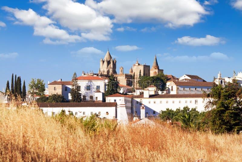 Catedral埃武拉,葡萄牙 图库摄影
