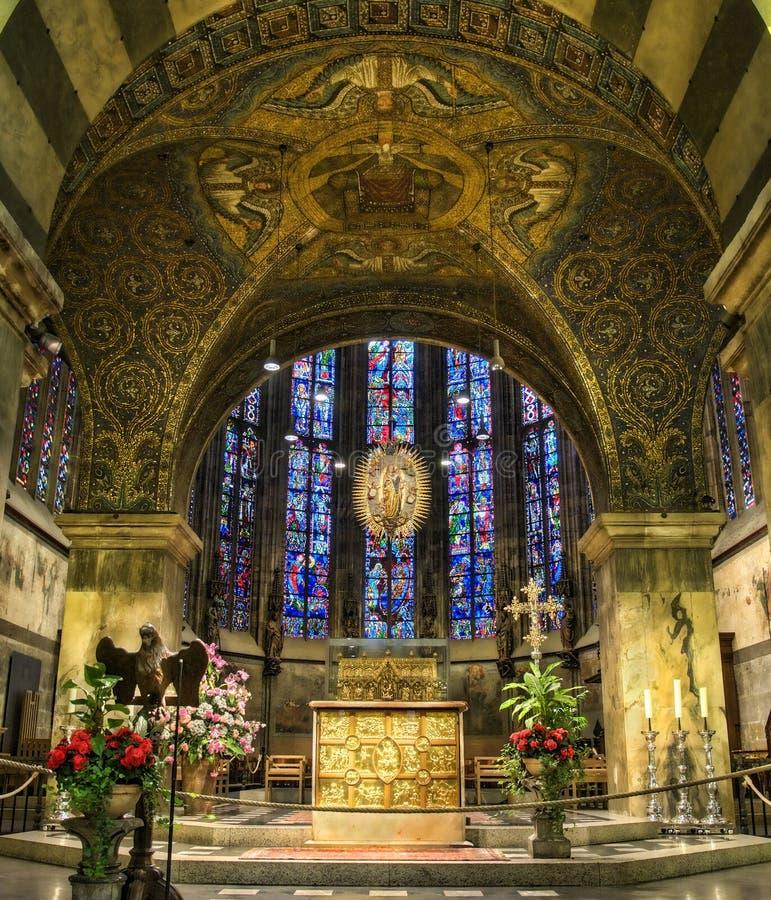 Catedral Alemanha de Aix-la-Chapelle fotografia de stock