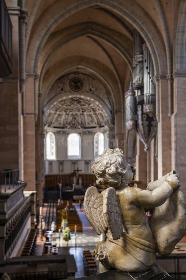 Catedral alta de St Peter no Trier, Alemanha fotos de stock royalty free