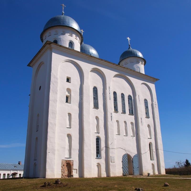 Catedral antiga em Novgorod fotos de stock