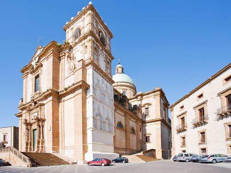 Catedral barroca na praça Armerina da cidade fotografia de stock royalty free