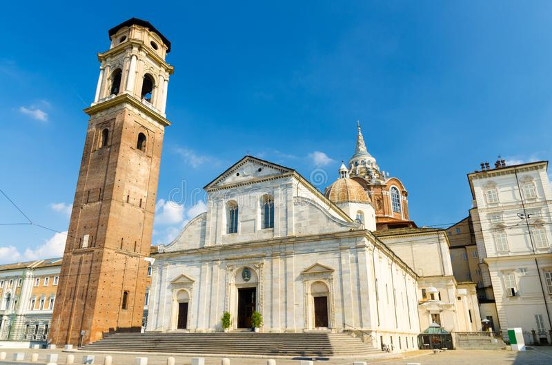Catedral católica de Torino San Giovanni Battista de los di del Duomo fotos de archivo