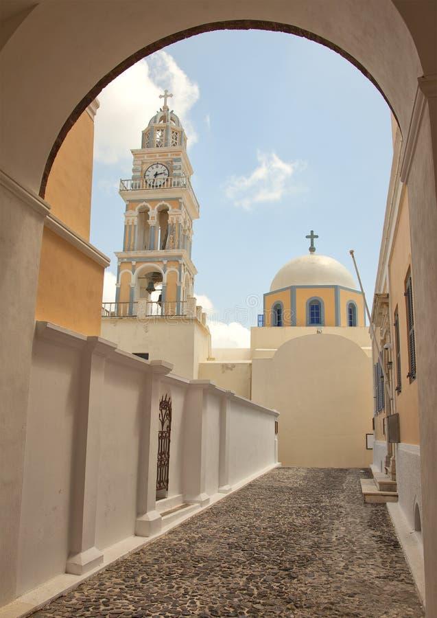 Catedral católica en Fira, Santorini imagen de archivo libre de regalías