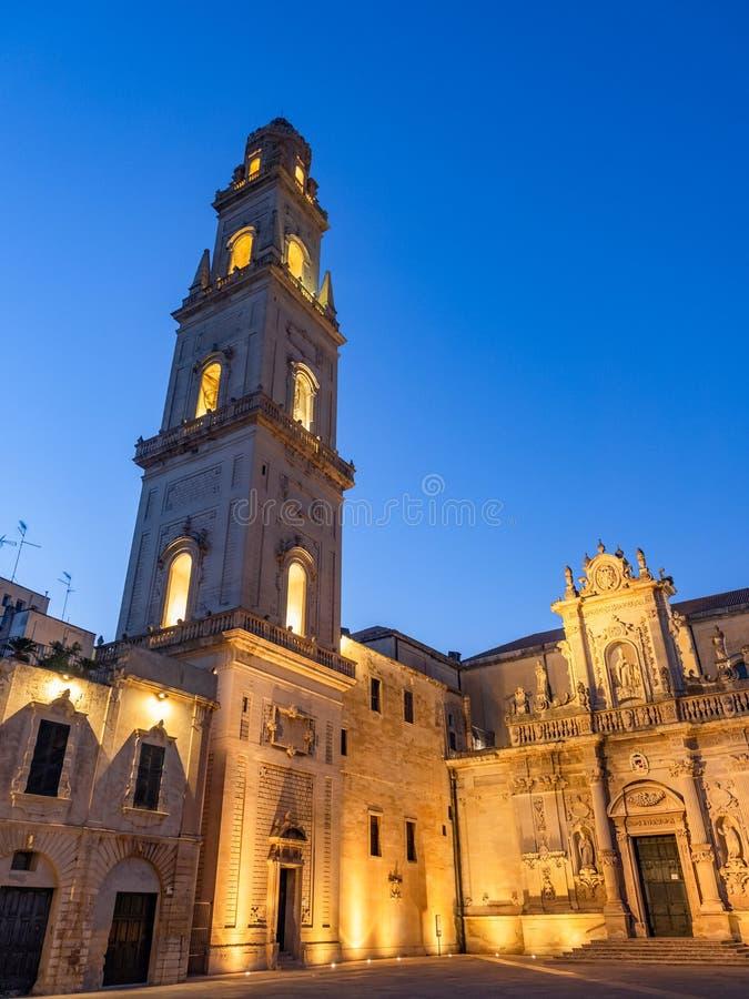 Catedral católica na praça Del Duomo, Lecce - Itália imagem de stock