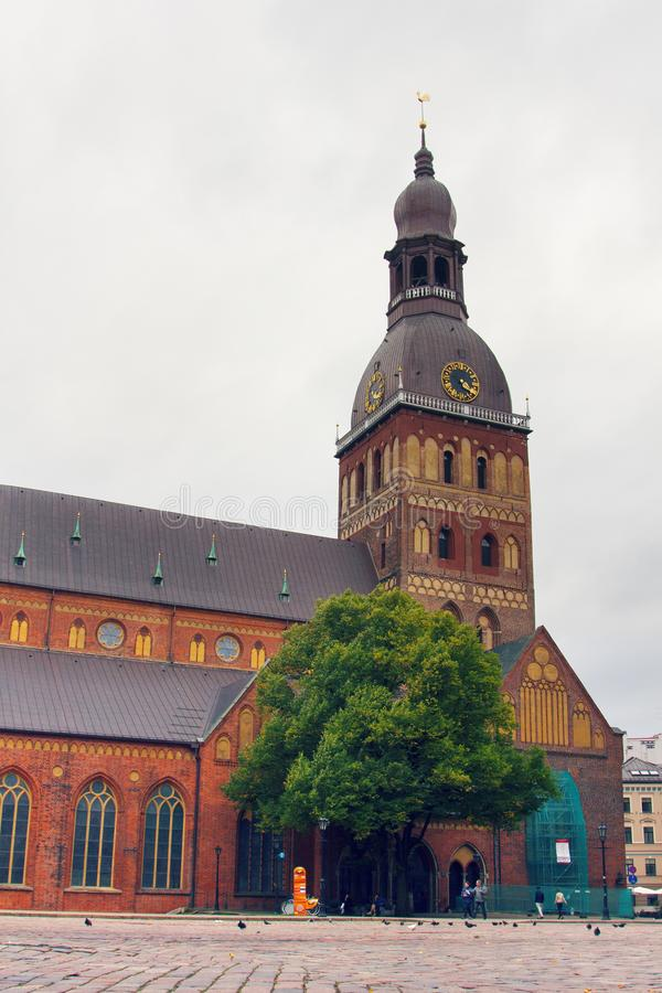 Catedral da abóbada em Riga foto de stock royalty free