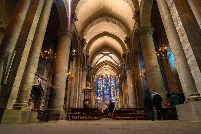 Catedral da cidade medieval Fortified de Carcassonne em França imagem de stock royalty free