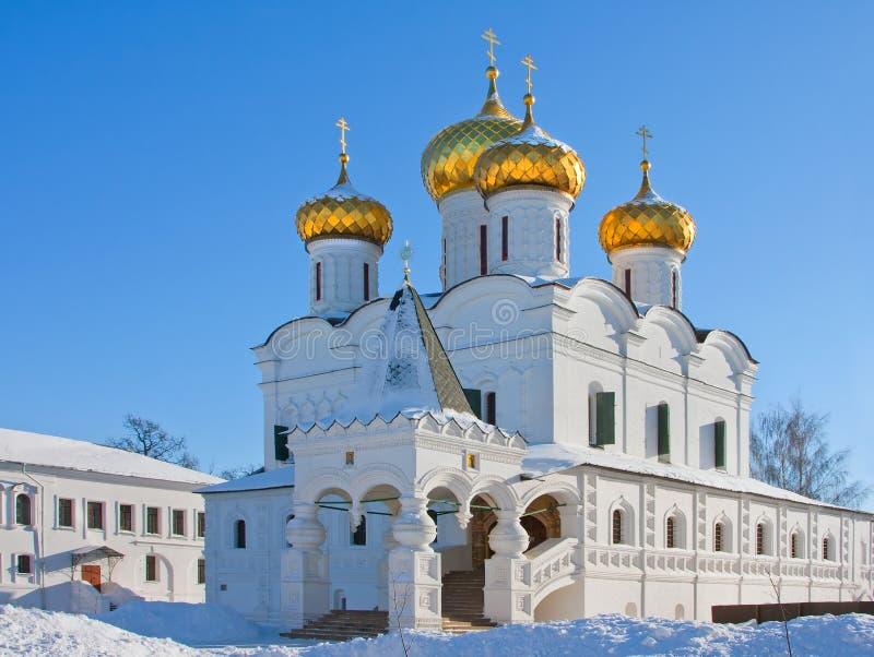 Catedral da cristandade em Rússia, Kostroma, monastério de Ipatievsky fotografia de stock royalty free