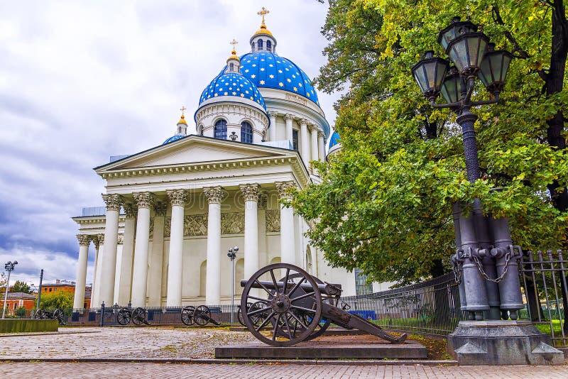 Catedral da trindade em St Petersburg, Rússia foto de stock