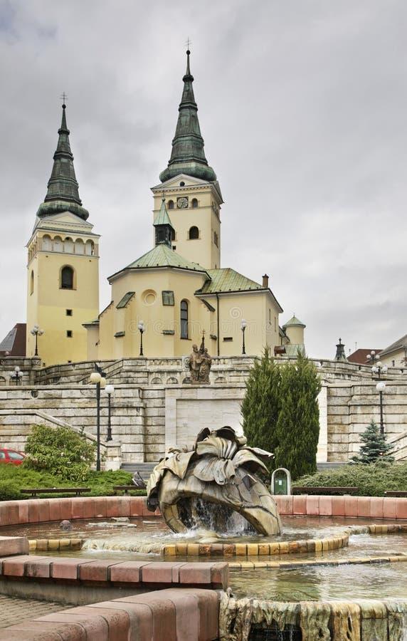 Catedral da trindade santamente Quadrado de Andrej Hlinka em Zilina slovakia foto de stock