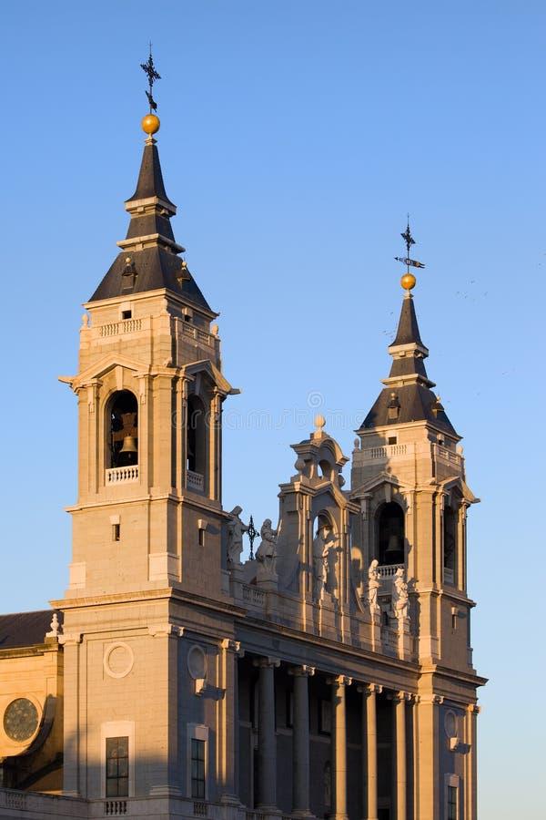 Catedral de Almudena em Madrid fotos de stock royalty free