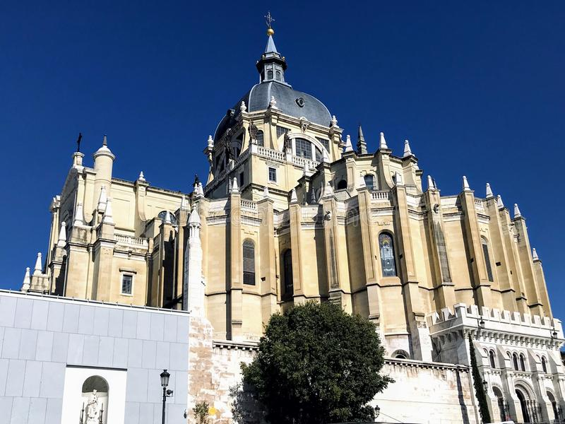 Catedral de Almudena immagini stock libere da diritti
