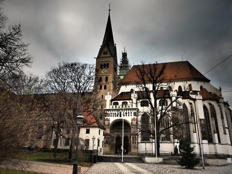 A catedral de Augsburg é construída foi usada primeiramente para uma parte traseira da igreja no ano 882 foto de stock royalty free