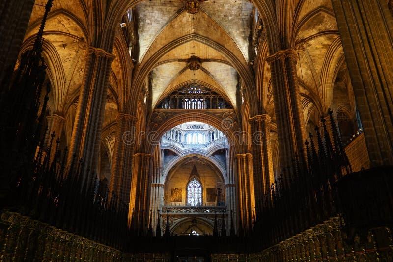 Catedral de Barcelona interna foto de stock