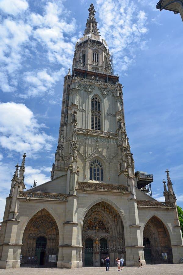 Catedral de Berner Munster em Berna imagem de stock