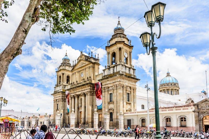 Catedral de ciudad de Guatemala en Plaza de la Constitucion, Guatema foto de archivo