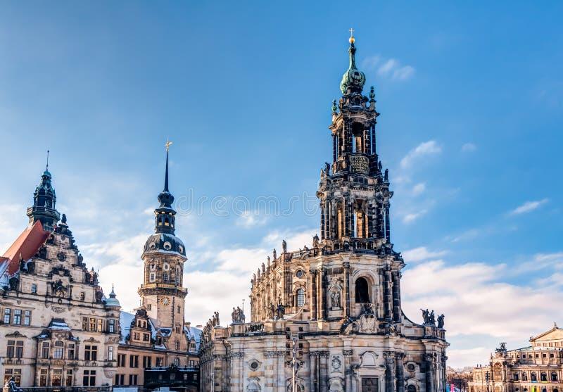 Catedral de Dresden y torre de Hausmann imágenes de archivo libres de regalías