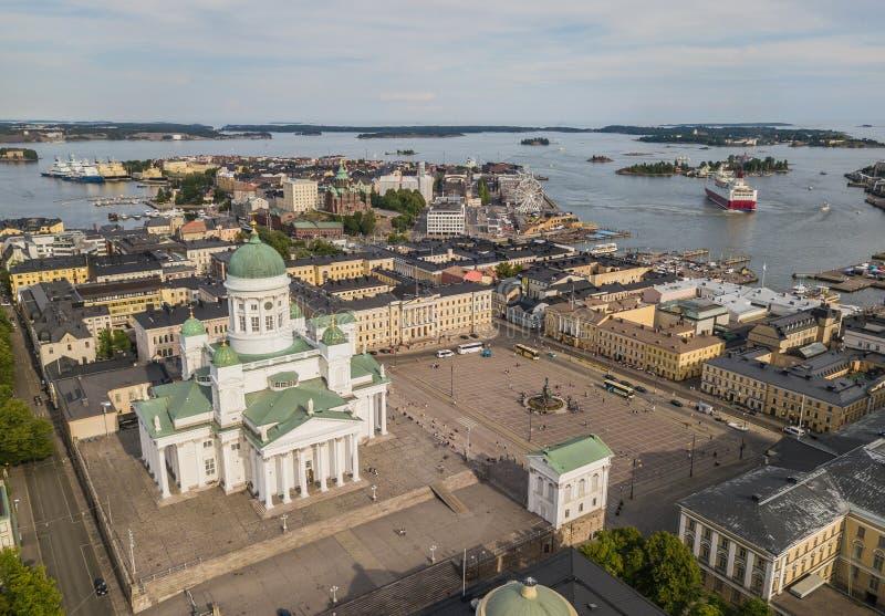 Catedral de Helsinki y cuadrado del senado imagen de archivo