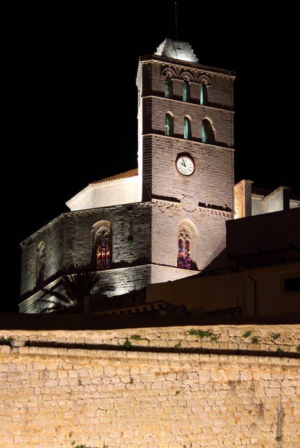 Catedral de Ibiza na noite imagens de stock