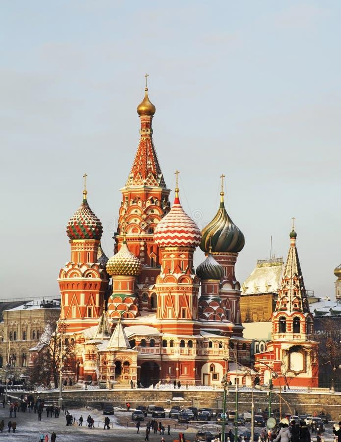 Catedral de la albahaca del santo en Moscú Rusia fotografía de archivo