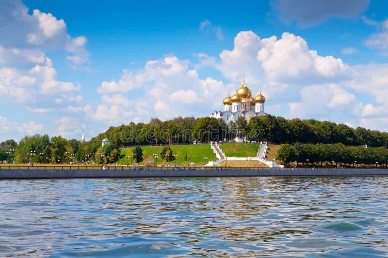 Catedral de la asunción en Yaroslavl imágenes de archivo libres de regalías