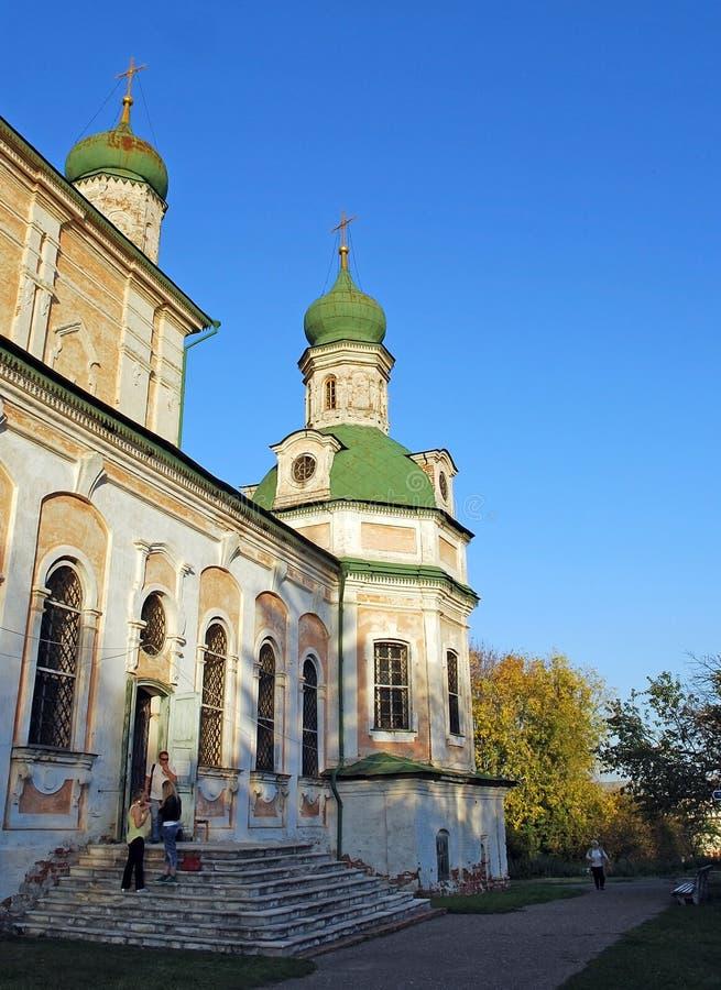 Catedral de la asunción Monasterio de Goritsky de Dormition en la ciudad de Pereslavl-Zalessky Rusia imagenes de archivo