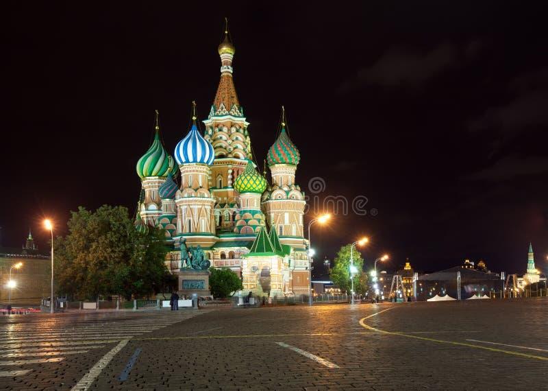 Catedral de la intercesión en noche. Moscú, Rusia imagen de archivo libre de regalías