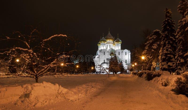 Catedral de la suposición en Yaroslavl imagen de archivo
