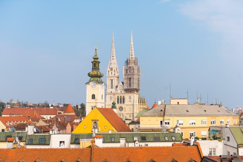 Catedral de la suposición Zagreb, Croacia imagenes de archivo