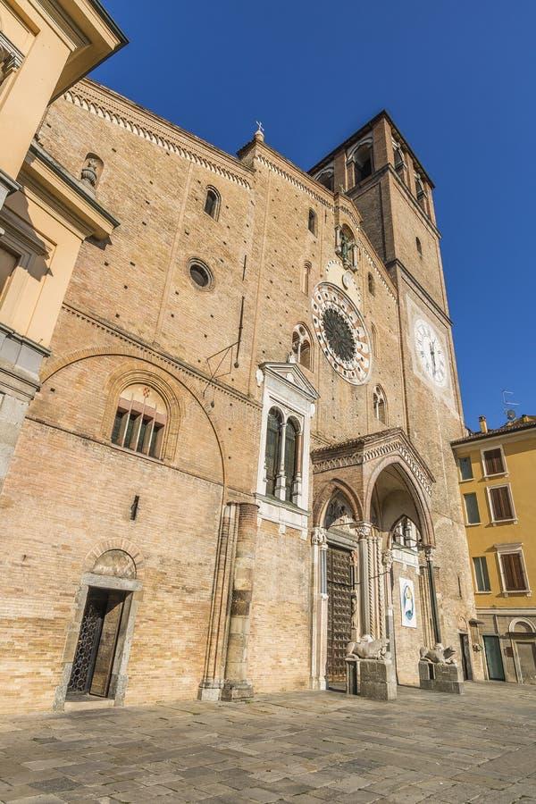 Catedral de Lodi, Itália imagens de stock royalty free